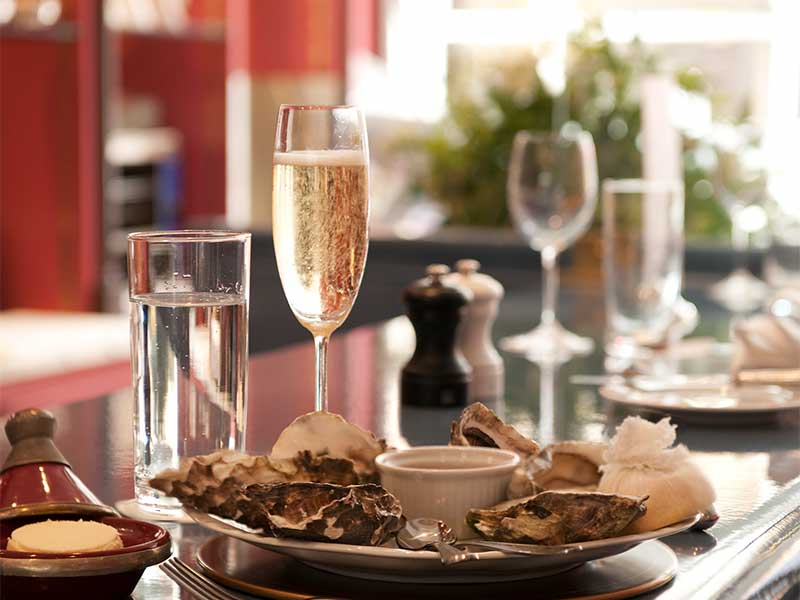 champagne & oysters