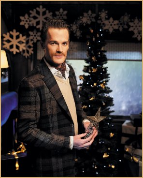 Hackett gentleman of christmas: the christmas tree dresser
