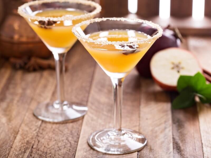 The Hack Winter Cocktails - Apple Cider Martini