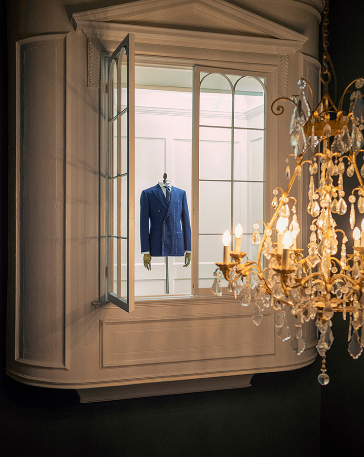 Hackett fashion brand at No.14 Savile Row: Bespoke, luxury Made-to-Measure Tailoring.