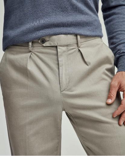 Hackett London Men Wool Trousers Close Up Waist