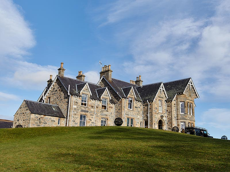 Grand Scottish house in the highlands